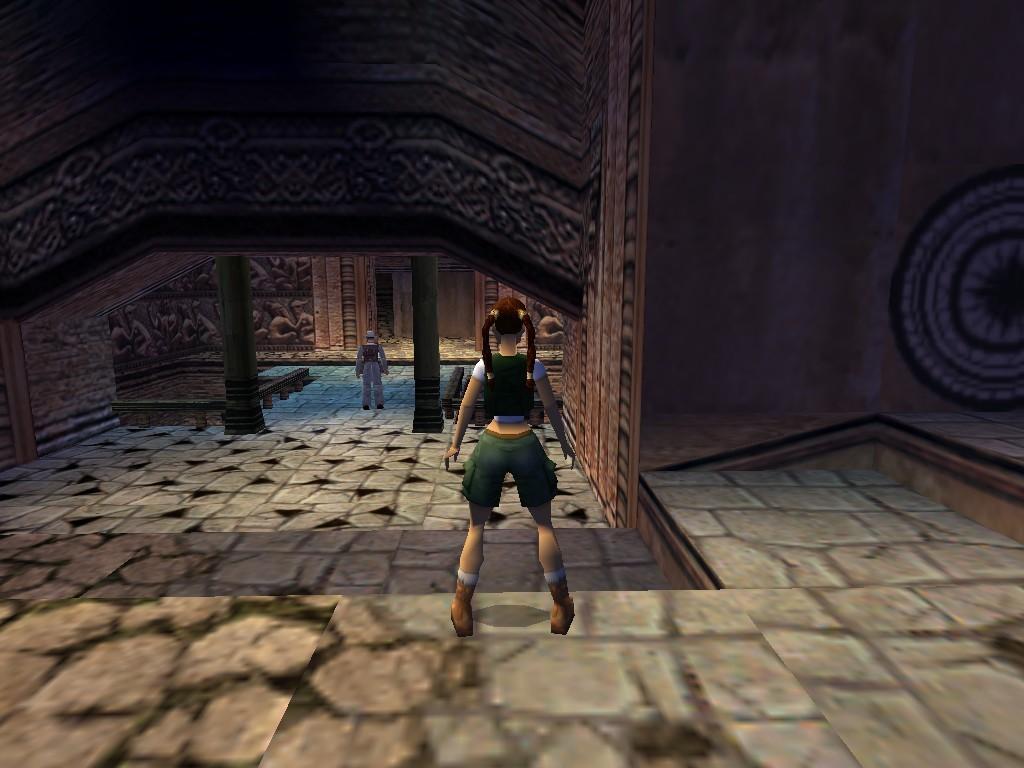 La leyenda de Tomb Raider hace trampa para desnudarla